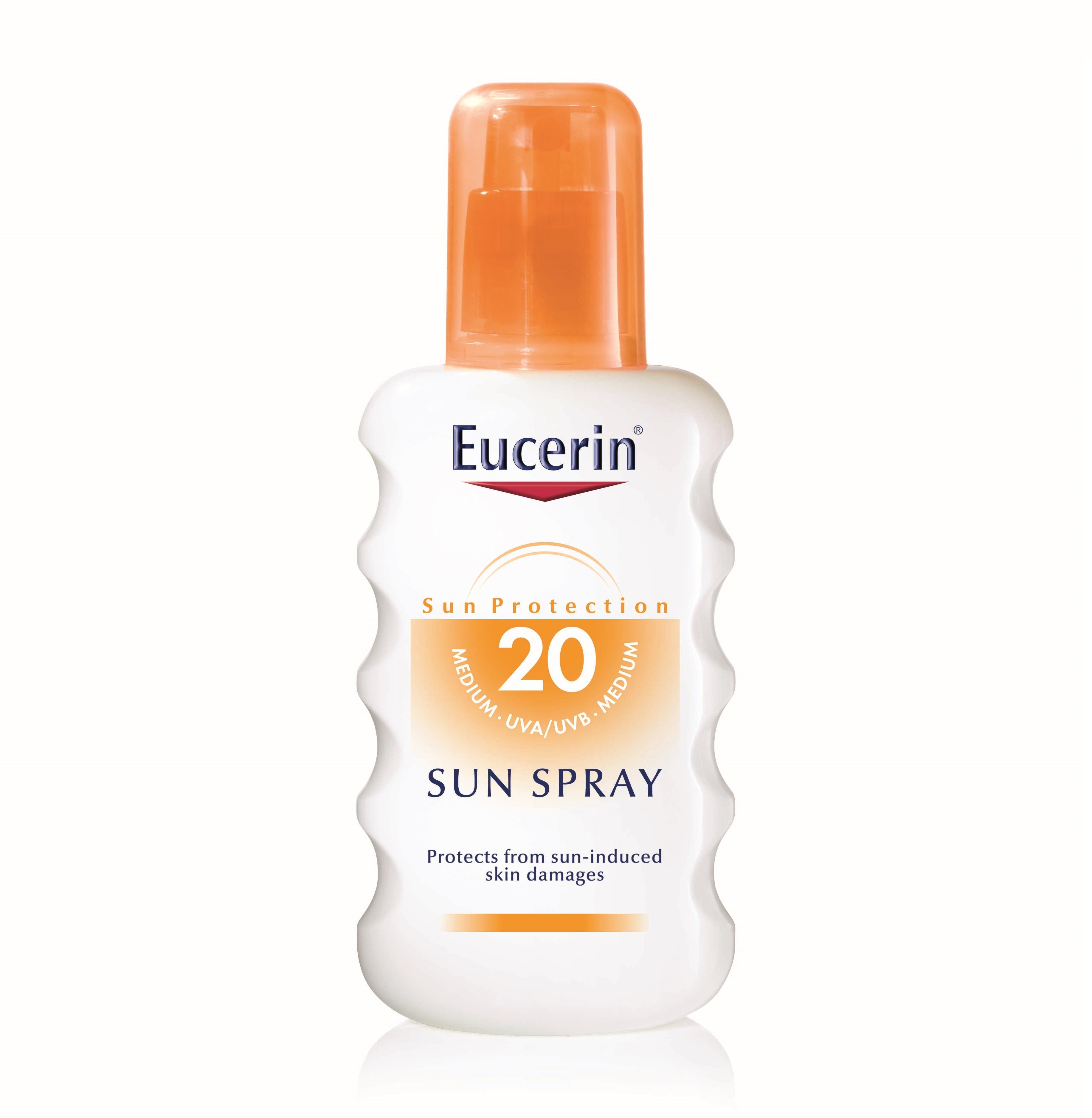Описание  ЮСЕРИН СЛЪНЦЕЗАЩИТЕН СПРЕЙ SPF 20 / EUCERIN SUN SPRAY SPF 20 осигурява ефективна защита за нормалната кожа срещу вредните слънчеви лъчи. Слънцезащитният спрей на Eucerin попива бързо в кожата. Юсерин Сън Слънцезащитен спрей SPF 20 предпазва от агресивното действие на UV лъчи. Технологията от ново поколение защитава кожата в дълбочина:  Високоефективна фотостабилна UVA и UVB филтърна система с Tinosorb S защитава кожата от изгаряне. EUCERIN SUN SPRAY SPF 20 отговаря на стандартите на ЕС и Personal Care Association (позната от преди като COLIPA).Биологична защита с Ликохалкон A - мощен антиоксидант, който предпазва клетките от увреждане, причинено от свободните радикали.   СЪСТАВКИ  ЕУСЕРИН СЛЪНЦЕЗАЩИТЕН СПРЕЙ SPF 20 съдържа:Aqua, Butylene Glycol Dicaprylate/Dicaprate, Глицерин, Ethylhexyl Salicylate, Octocrylene,Alcohol Denat, Butyl Methoxydibenzoylmethane, Bis-Ethylhexyloxyphenol Methoxyphenyl Triazine, C18-36 Acid Triglyceride, Ceteareth-20, Methylpropanediol, Sodium Phenylbenzimidazole Sulfonate, Glycyrrhiza Inflata Root Extract, Tocopheryl Acetate,VP/Hexadecene Copolymer, Acrylates/C10-30 Alkyl Acrylate Crosspolymer, Trisodium EDTA,Ethylhexylglycerin, Phenoxyethanol, Methylparaben, Ethylparaben, Parfum  КЛИНИЧНИ ИЗСЛЕДВАНИЯ  Клинични проучвания доказват ефикасността и поносимостта. В нашата виртуална аптека ще намерите още много предложения в категорията Слънцезащитни продукти!   Възползвайте се от възможността за консултация с нашия магистър- фармацевт, който ще отговори с готовност на Вашите въпроси!