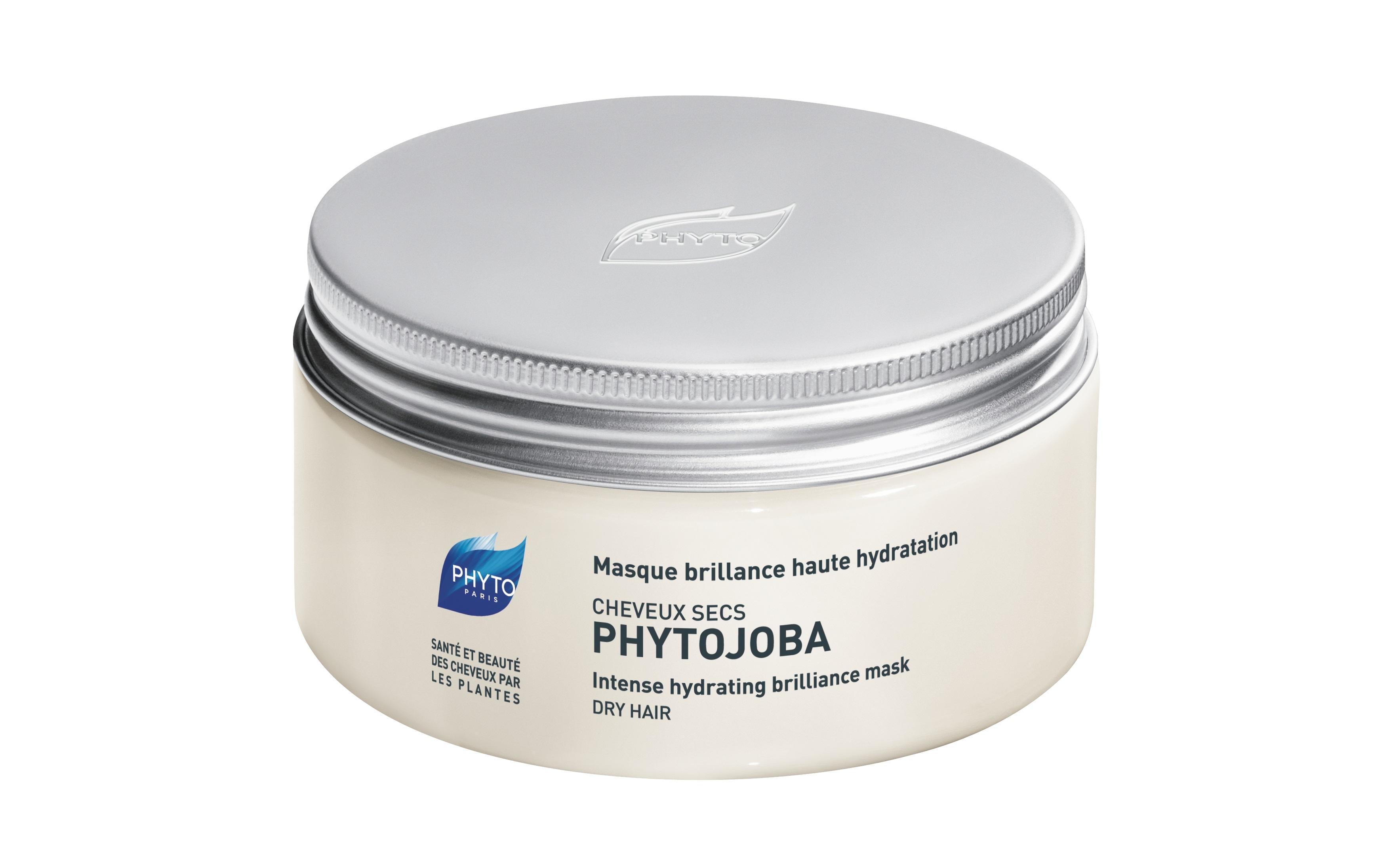 Описание наPHYTO PHYTOJOBA Masque Хидратираща Маска за Суха, Изтощена Коса х200 мл:     Този продукт на известната френскамарка Фито представлява възстановяващамаска, която еспециално разработена за незабавна хидратация и защита на сухата коса. PHYTO PHYTOJOBA Masque интензивно подхранва косата, правейки ямека и управляема, като й дава енергия и блясък.Без съдържание на силикони.    Състав наPHYTO PHYTOJOBA Masque Хидратираща Маска за Суха, Изтощена Коса х200 мл:     Съдържа: - масло от жожоба; - комбинация от етерични масла от южноафрикански сладък портокал, екстракт от семена и корен на ангелика (75%); - екстракт от ангелика.