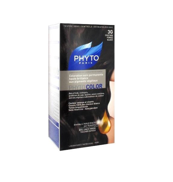 Описание наPHYTO PHYTOCOLOR Боя за Коса №3G Студен тъмен кестен:    Този продукт на френския брандPHYTO представлявадълготрайнабояза всякакъвтипкоса, която предлага траен и естествен цвят, мекота и стилен блясък. БоятаPHYTOCOLORкомбинира високи технологии и проучвания на растителни екстракти за постигане на блестящ и траен цвят и има 100%покритие на белите коси от първото приложение, което гарантира дълготраен цвят. СериятаPHYTOSOLBA COLOR от PHYTO са бои за коса, които са формулирани, така чеда не увреждат косата и скалпа и да минимизират риска от алергии. Те са много лесни за употреба и иматкремообразна текстура, която лесно и равномерно се нанася от корените до краищата на косата. Препоръчва се преди боядисване да се прилага HUILE D'ALÈS за защита на косата и скалпа. Предлага се в Цвят 3G тъмен кестен.   Състав наPHYTO PHYTOCOLOR Боя за Коса №3G Студен тъмен кестен:    Растителните пигменти, които се съдържат в боите за коса PHYTOSOLBA COLOR са използвани от древни времена поради оцветяващите си свойства: индийско дърво, бразилско дърво, брош, кореопсис и жълтуга. Високата им концентрация във формулите осигурява изключителен блясък и естествен цвят. Обогатени с растителни екстракти, те подхранват в дълбочина, защитават и хидратират косата и придават блясък и мекота.    Всяка опаковка съдържа:1 лосион (60 ml), 1 оцветяващ крем (40 ml), 1 балсам за след боядисване, 1 чифт ръкавици.