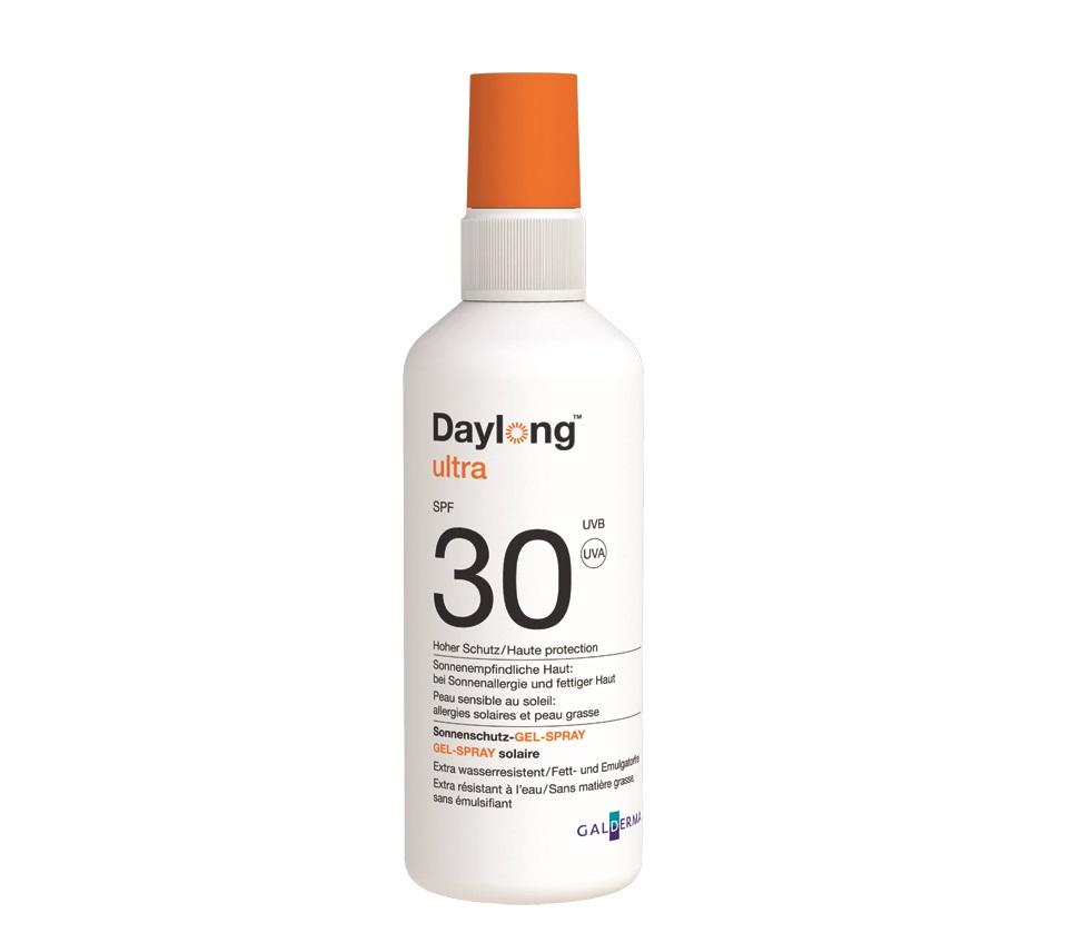 """Описание  Daylong Ultra SPF 30 gel-spray / Дейлонг Ултра SPF 30 слънцезащитен гел-спрей   на компанията за висококачествена козметика Галдерма  е липозомен гел с иновативна формула във формата на спрей за който се нанася изключително лесно, с лека консистенция. Слънцезащитният гел-спрей оставя неповторимо усещане върху кожата. Направен специално да предпазва чувствителните кожи  срещу  UV, UVB и инфраред лъчи, като осигурява подхранваща и възстановяваща грижа с витамин Е и алое вера. Любим продукт на всички привърженици  на екстремните водни спортове поради силната си водоустойчивост.    Daylong застава зад цялостната защита и превенция  на кожата от вредите на слънчевите лъчи. Отдадени  да насърчават ежедневната слънцезащита, която се поставя всеки ден – без лепкав ефект, без излишно омазняване и неприятно усещане върху кожата.  Daylong ни кара да осъзнаем, че кожата има нужда от грижа и защита всеки ден, независимо дали слънцето грее или не. Защото имаме само една кожа и е време да инвестираме в нея. Време е за слънцезащита, която е ежедневна, дълбока и цялостна.   Състав   Daylong Ultra SPF 30 gel-spray съдържа:Aqua, Ethylhexyl Methoxycinnamate, Alcohol, Diethylamino Hydroxybenzoyl, Hexyl Benzoate, Bis-Ethylhexyloxyphenol Methoxyphenyl Triazine, Dimethicone, VP/ Eicosene Copolymer, C12-15 Alkyl Benzoate, Dibutyl Adipate, Cyclodextrin, Tocopherol, Acrylates/C10-30 Alkyl Acrylate Crosspolymer, Triethanolamine, Lauryl, Glucoside, Trisodium Ethylenediamine Disuccinate, BHTРазгледайте и останалите предложения от Daylong, както и всичко от категория Слънцезащитни продукти! Ще се радваме да споделите вашите мнения с нас, както и да се запознаете със статиите на актуални здравни теми в секцията """"Полезно"""". Регистрирайте се в нашата онлайн аптека и ще може да получавате седмичния ни бюлетин с актуални за сезона предложения, промоции и нови продукти на супер атрактивни цени. Farmа.bg Ви предлага консултация с квалифициран магистър-фармацевт, който може да ви насочи към прод"""